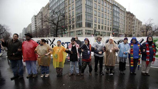 Участники акции Захвати Вашингтон на улице K-street