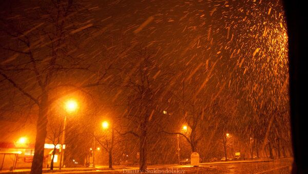 Снег в Петербурге. Архив