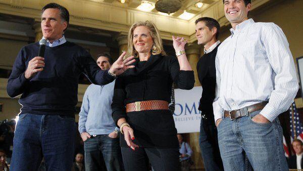 Мит Ромни на собрании избирателей в Айове