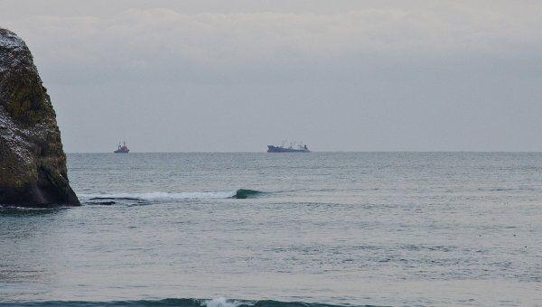 Буксировка аварийного судна Ирина в портпункт Южно-Курильск