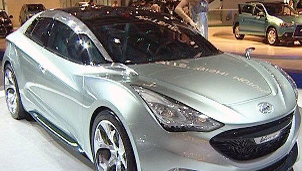Машиной будущего от Hyundai можно управлять с помощью жестов и голоса