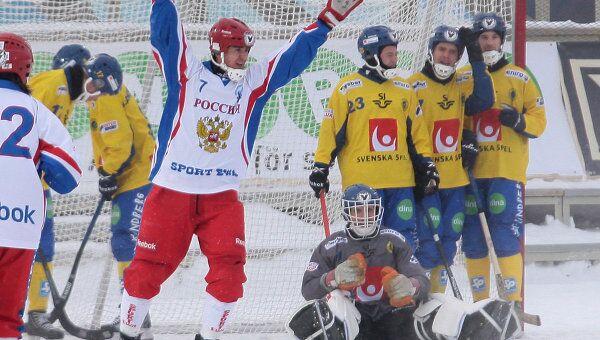 Хоккеисты сборной Швеции по бенди