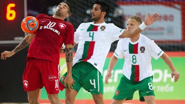 Игровой момент матча Швейцария - Португалия