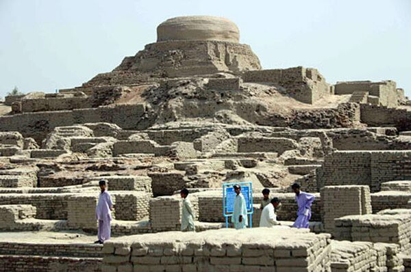 Древний город Мохенджо-Даро