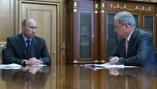 Премьер-министр РФ Владимир Путин и Виктор Басаргин. Архив