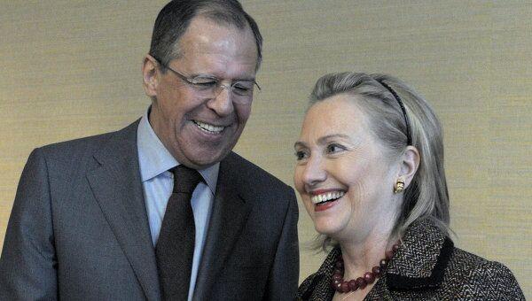 Министр иностранных дел Сергей Лавров и Госсекретарь США Хиллари Клинтон. Архив