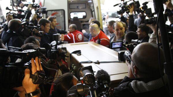 Тела погибших в Сирии западных журналистов Реми Ошлика и Мэри Колвин перевезены в Париж