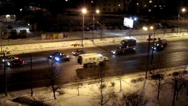 Грузовики ОМОНа покидают Москву после акций