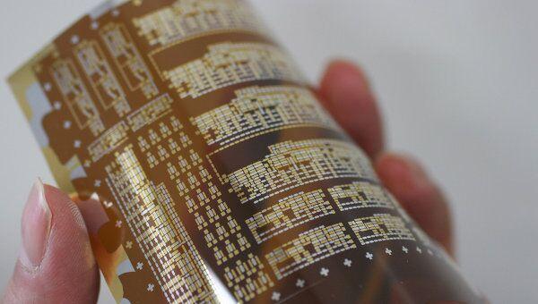 Термостойкие транзисторы в стакане горячей воды
