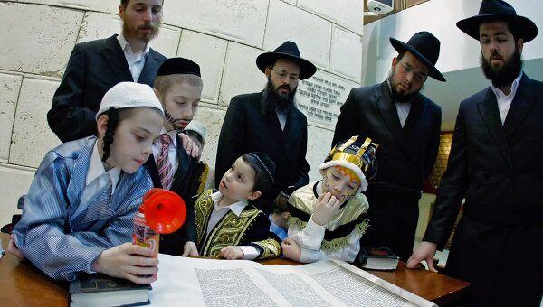 Песах – один из важнейших иудейских праздников, день памяти об Исходе из Египта