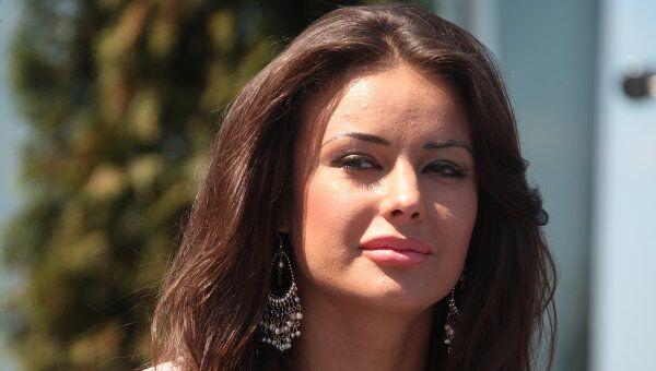 Мисс Россия 2001, Мисс Вселенная 2002, телеведущая Оксана Федорова