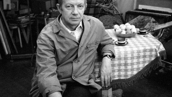 Главный художник Государственного академического Малого театра Евгений Куманьков.