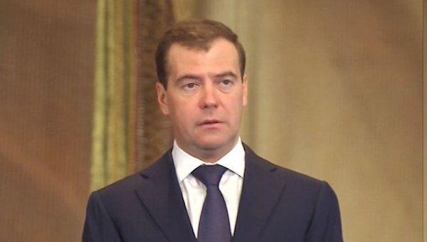Медведев рассказал, сколько Россия потратит на оборонку до 2020 года