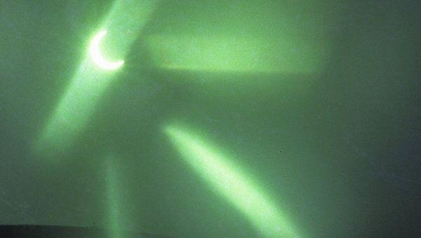 Ученые смогли завязать свет в узел