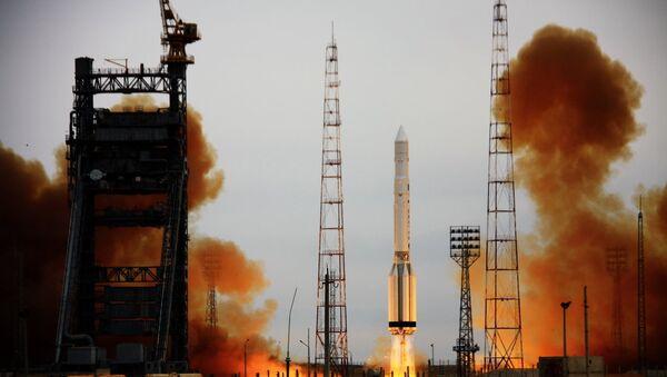 РН Протон-К с российским спутником военного назначения стартовала с космодрома Байконур
