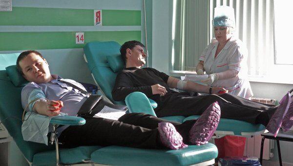 Сдача крови для пострадавших в авиакатастрофе в Тюмени