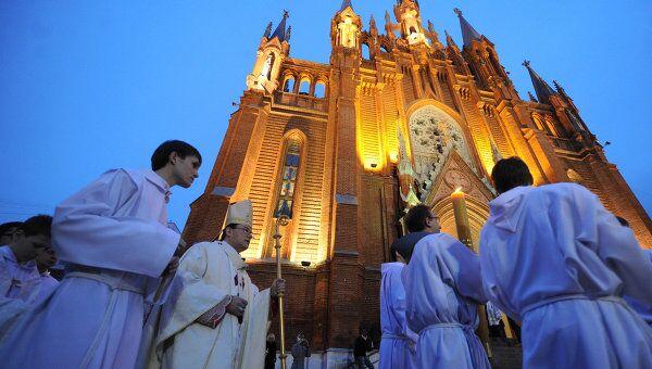 Празднование католической Пасхи в Москве. Архив
