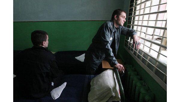 Медобслуживание заключенных должно стать независимым - правозащитник