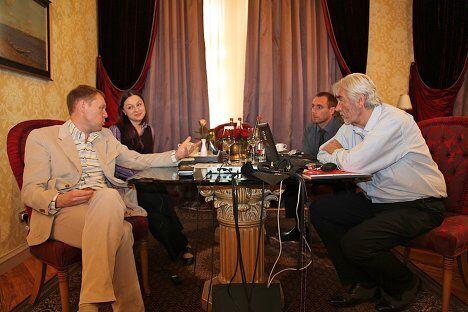 Андрей Луговой и эксперты