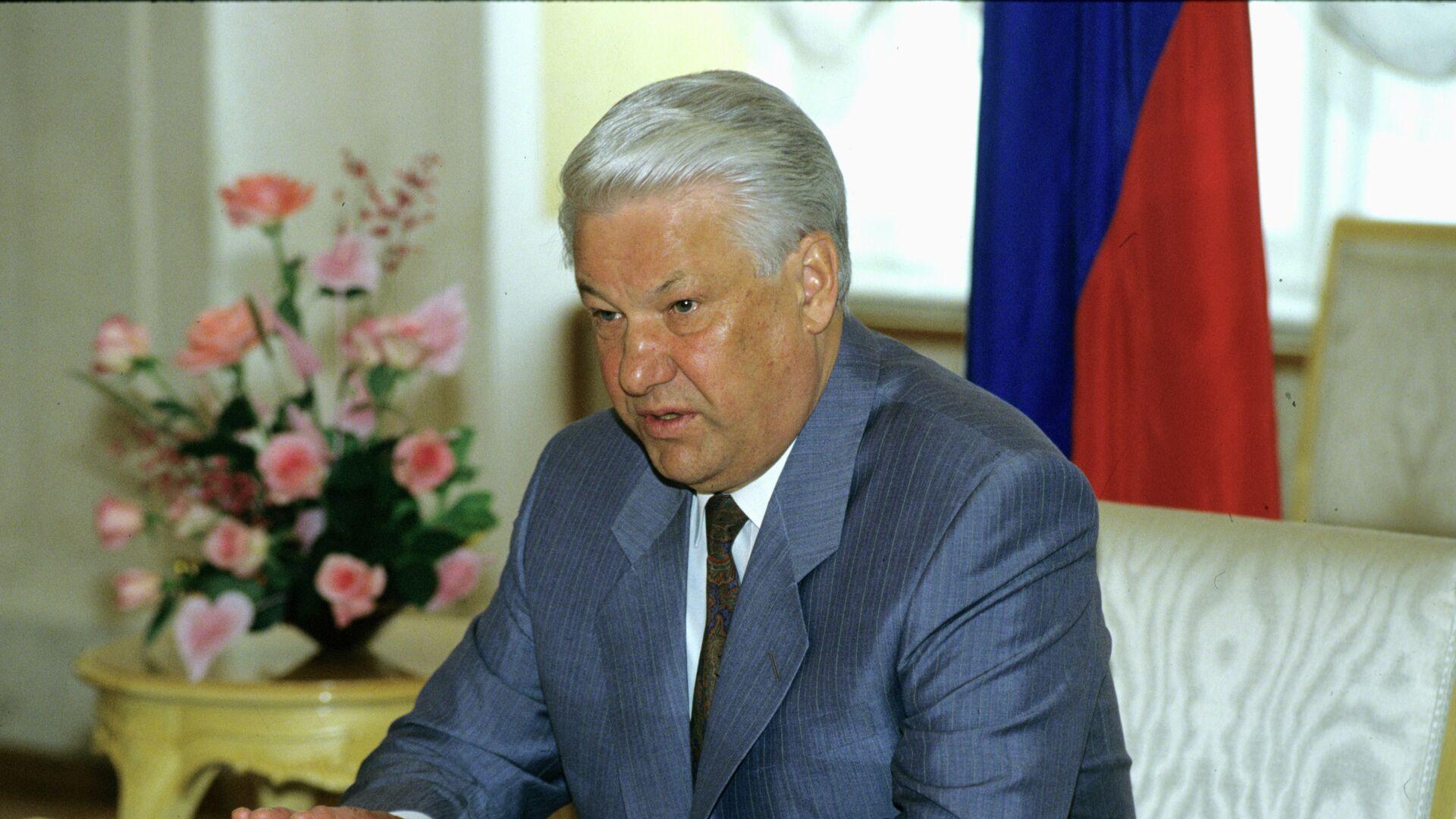 Опубликованы отрывки видеомемуаров Ельцина