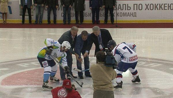 Фетисов и Третьяк открыли первый хоккейный турнир для тех, кому за 40