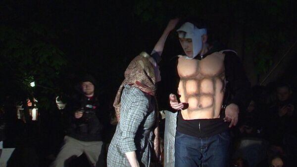 В лагере оппозиции на Чистопрудном показали пьесу БерлусПутин