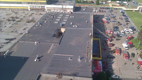 Обрушение перекрытий в здании торгового центра на Озерной улице в Москве