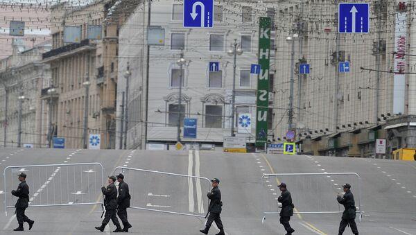 Свободная от автотранспорта Тверская улица