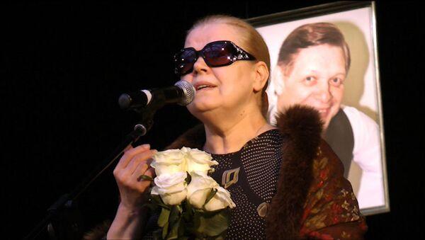Людмила Сенчина попрощалась с Эдуардом Хилем их общей песней