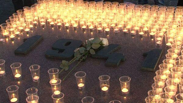 Свечи на Поклонной горе в память о 1418 днях Великой Отечественной
