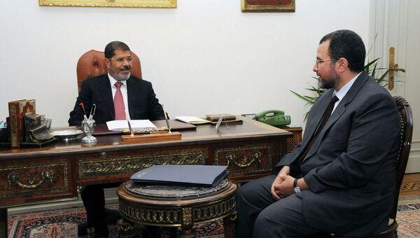 Мохаммед Мурси и Хишам Кандиль