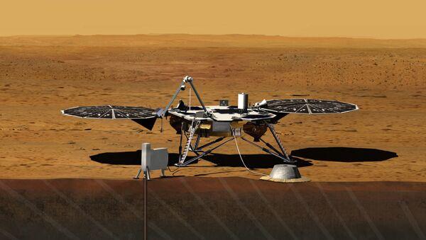Зонд InSight на поверхности Марса