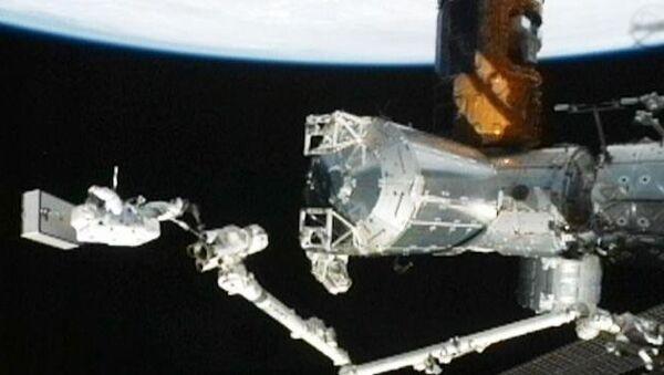 Первые минуты в открытом космосе тандема Саниты Уильямс и Акихико Хошиде