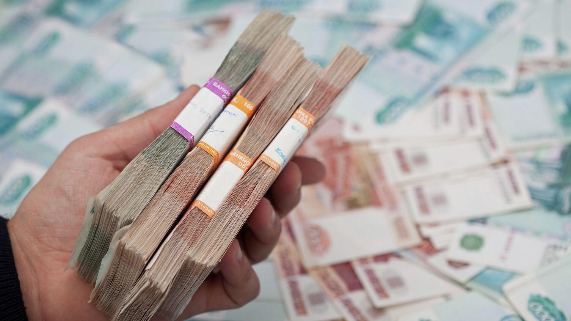 Сотрудницу Мариинского театра ждет суд по делу о взятке на 1,6 миллиона рублей