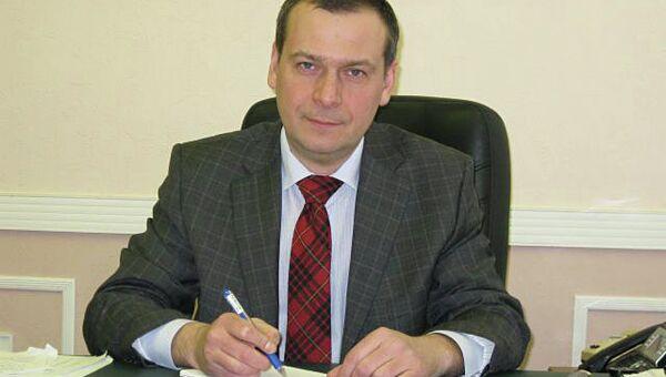 Начальник управления по делам соотечественников ФМС России Виталий Яковлев
