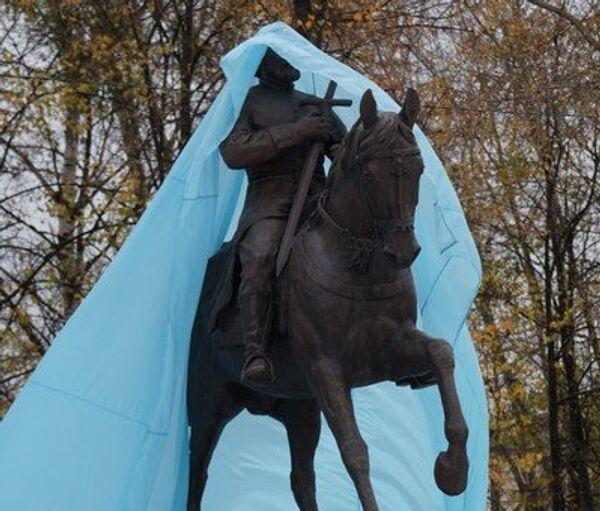 Памятник полководцу Федору Боборыкину установлен в Кинешме