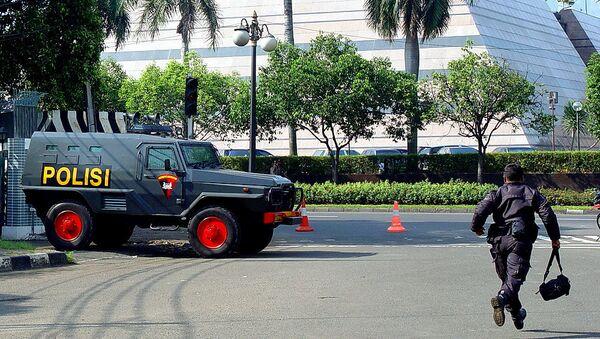 Работа полиции в Индонезии, архивное фото