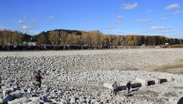 Заполнение искусственного озера в ОЭЗ Алтайская долина