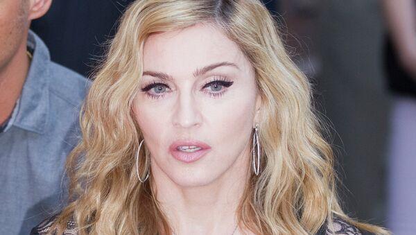 Мадонна, архивное фото