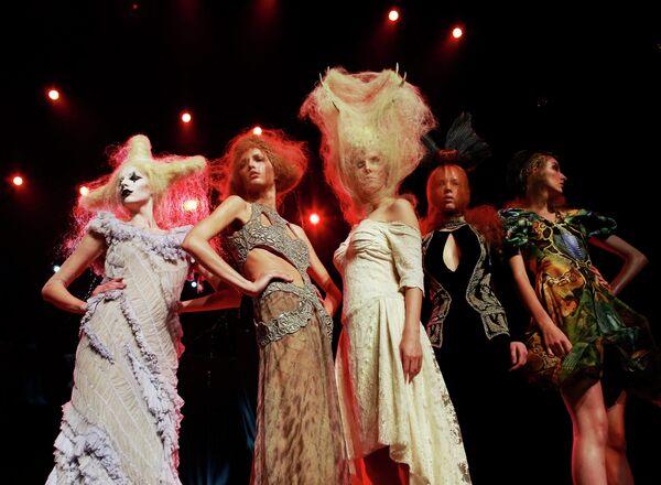 Модели на шоу Alternative Hair Show в Лондоне
