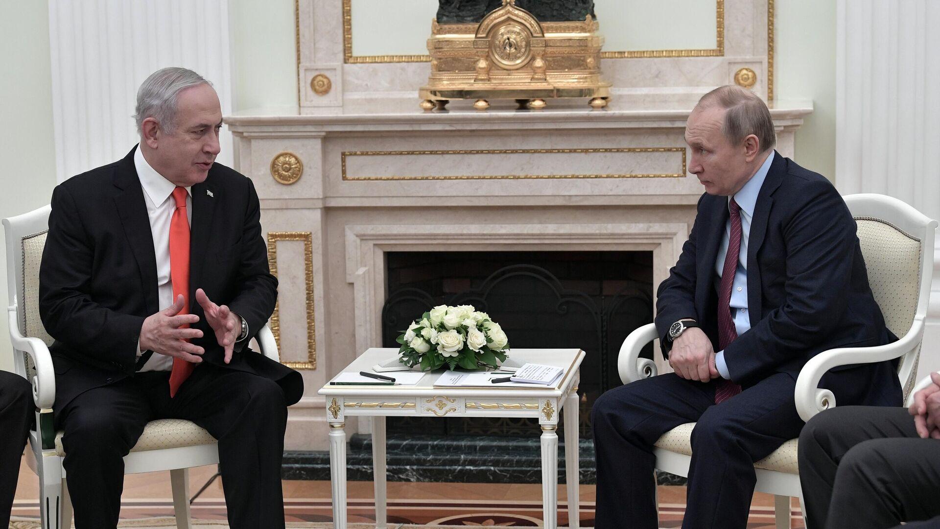 Президент РФ Владимир Путин и премьер-министр Израиля Биньямин Нетаньяху во время встречи - РИА Новости, 1920, 07.05.2021