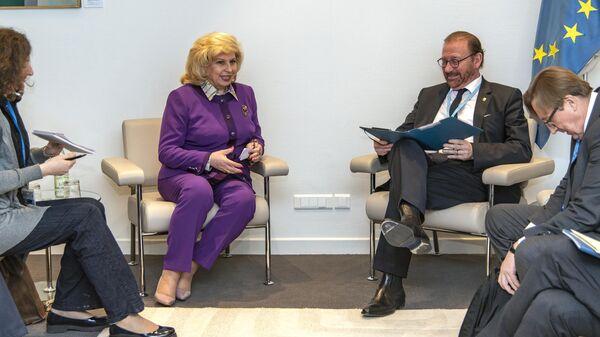 Председатель Парламентской ассамблеи Совета Европы Хендрик Дамс и уполномоченный по правам человека в РФ Татьяна Москалькова во время встречи. 30 января 2020