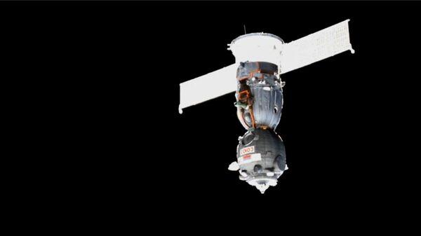 Корабль Союз МС-13 отстыковался от МКС