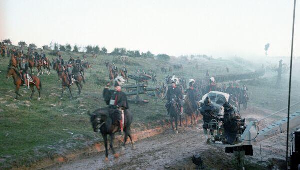 Кадр из совместного советско-итальянского кинофильма Ватерлоо. Архивное фото