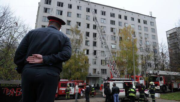 Пожар в здании на юге Москвы потушен