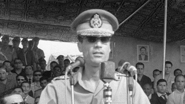 Председатель совета Революционного командования полковник Муаммар Кадаффи. Архив