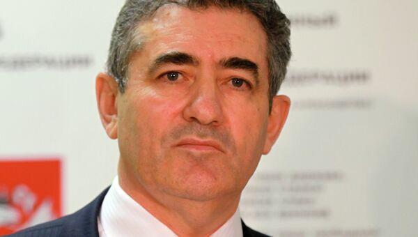 Руководитель Департамента образования города Москвы Исаак Иосифович Калина