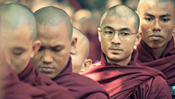 Буддистские монахи. Архивное фото
