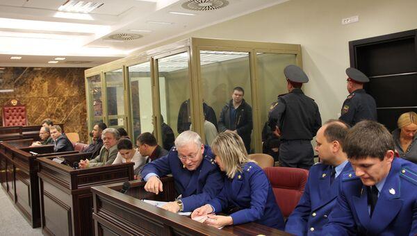 Слушание по делу банды «Цапковские», обвиняемых по делу об убийстве 12-ти человек в Кущевке