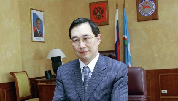 Айсен Николаев. Архив